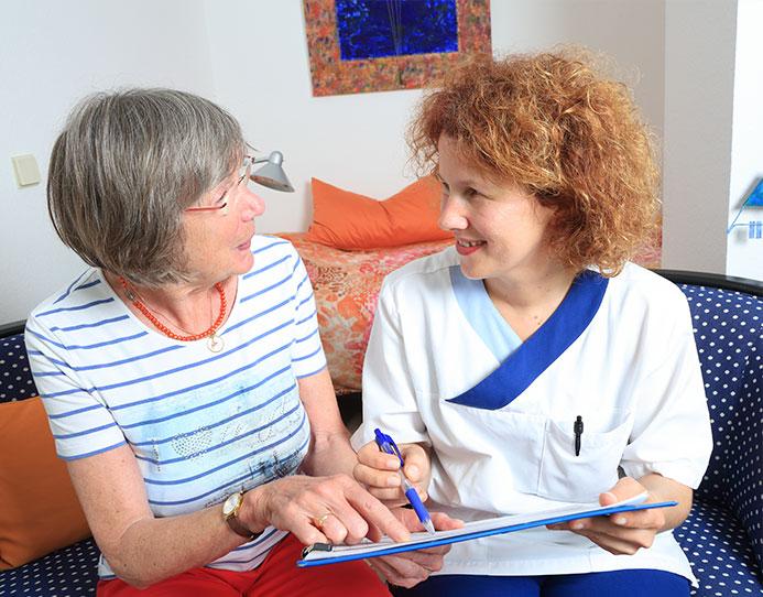 Pflegedienstmitarbeiterin der ambulanten Pflege in Sasel